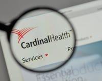 Milán, Italia - 10 de agosto de 2017: Logotipo cardinal de Health en los web Fotografía de archivo libre de regalías