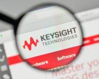 Milán, Italia - 1 de noviembre de 2017: Logotipo de las tecnologías de Keysight en t Imagen de archivo libre de regalías