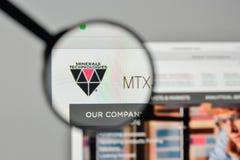 Milán, Italia - 1 de noviembre de 2017: Logotipo de las tecnologías de los minerales en t Fotografía de archivo