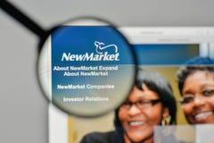 Milán, Italia - 1 de noviembre de 2017: Logotipo de NewMarket en el sitio web h Imágenes de archivo libres de regalías