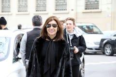 Milán, Milano, mujeres forma el invierno 2015 2016 del otoño de la semana Imágenes de archivo libres de regalías