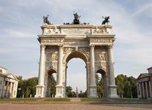 Milão - arco da paz Imagens de Stock