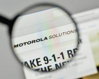 Milão, Itália - 1º de novembro de 2017: Logotipo das soluções de Motorola no Fotos de Stock Royalty Free