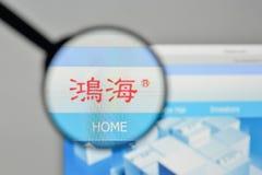 Milão, Itália - 1º de novembro de 2017: Logotipo de Hon Hai Precision Industry Fotos de Stock Royalty Free