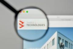 Milão, Itália - 1º de novembro de 2017: Três litros logotipo das tecnologias no th Imagens de Stock
