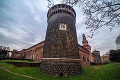 Milão, Itália: Castelo de Sforza, Castello Sforzesco fotografia de stock