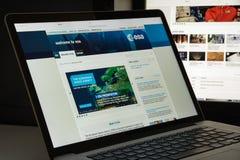 Milão, Itália - 10 de agosto de 2017: Homepage do Web site do ESA É um i Imagem de Stock