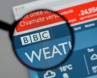 Milão, Itália - 10 de agosto de 2017: Logotipo da BBC no homepag do Web site Imagens de Stock