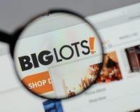 Milão, Itália - 10 de agosto de 2017: Logotipo grande dos lotes no hom do Web site Fotografia de Stock