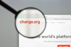 Milão, Itália - 10 de agosto de 2017: Mudança homepage do Web site do org Ele Fotografia de Stock Royalty Free