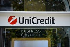 Milão, Itália - 24 de setembro de 2017: Banco de Unicredit em Milão Imagem de Stock Royalty Free