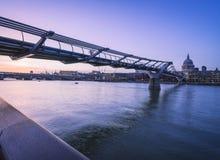 Milênio às pontes de Blackfriars Imagens de Stock