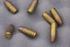 9 milímetros de munición Imágenes de archivo libres de regalías