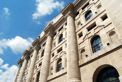 Milaan - Borsa Italiana in BedrijfsVierkant Royalty-vrije Stock Foto