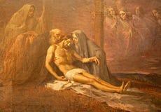 Milaan - de verf van Deposito van het kruis in het Tekenkerk van Heilige door onbekende kunstenaar van 19 cent Stock Afbeeldingen