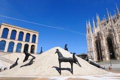 Milaan - Duomo - modern beeldhouwwerk Stock Afbeelding