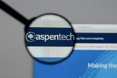 Milaan, Italië - Augustus 10, 2017: Aspen Technology-embleem op het Web stock afbeeldingen