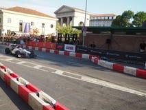 Milaan, Italië - Augustus 29, 2018: Charles Leclerc-aandrijving de auto van Sauber Alfa Romeo stock afbeelding