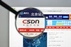 Milaan, Italië - Augustus 10, 2017: CSDN-websitehomepage Het is één Stock Fotografie