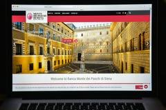 Milaan, Italië - Augustus 10, 2017: De bank w van Paschi di Siena van Montedei Stock Afbeelding