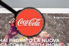 Milaan, Italië - Augustus 10, 2017: De homepage van de coca-colawebsite Het I Stock Foto's
