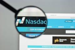 Milaan, Italië - Augustus 10, 2017: De homepage van de Nasdaqwebsite Het is a Stock Afbeelding