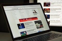 Milaan, Italië - Augustus 10, 2017: De homepage van de Stereogumwebsite Het I Stock Afbeelding