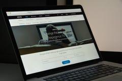 Milaan, Italië - Augustus 10, 2017: De homepage van de Xfinitywebsite Het is Stock Fotografie