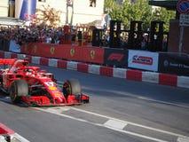 Milaan, Italië - Augustus 29, 2018: Sebastian Vettel die Ferrari drijven stock afbeelding