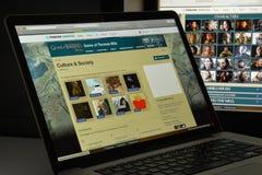 Milaan, Italië - Augustus 10, 2017: Spel van de website van tronenwikia ho Stock Afbeelding