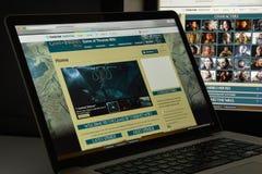 Milaan, Italië - Augustus 10, 2017: Spel van de website van tronenwikia ho Stock Foto