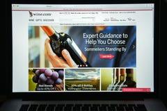 Milaan, Italië - Augustus 10, 2017: Wijn Com-websitehomepage Het is Royalty-vrije Stock Foto