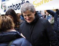 MILAAN, ITALIË - 24 FEBRUARI 2018: De ex Burgemeester van Gianni Alemanno van Rome, tot steun van uiterst rechtse partij Noordeli Royalty-vrije Stock Fotografie