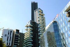 MILAAN, ITALIË - JULI 30, 2018: Garibaldidistrict met Hsbc-bank en Solaria-toren, Milaan, Italië stock fotografie