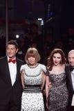 MILAAN, ITALIË - MAART 02: Domenico Dolce, Anna Witour, Scarlett Johansson, Stefano Gabbana woont de Extreme Schoonheid in Vogue-d Stock Fotografie