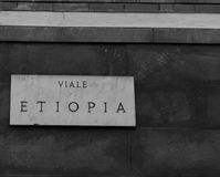 MILAAN, ITALIË - MAART 02, 2017 - Straatteken in Milaan, Italië via Royalty-vrije Stock Foto's