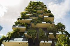 MILAAN, ITALIË - MEI 28, 2017: Bosco Verticale Vertical Forest l Stock Fotografie