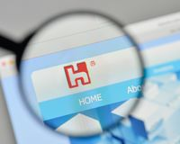 Milaan, Italië - November 1, 2017: Hon Hai Precision Industry-embleem Royalty-vrije Stock Afbeeldingen
