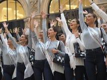 Milaan, Italië: 10 september 2018: Misser de modellen die van Italië in Vittorio Emanulee II stellen stock foto