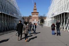 Milaan, Milaan expogate en castellosforzesco Stock Afbeeldingen