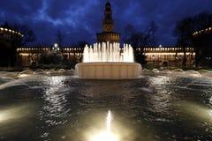 Milaan, Milaan, kasteel vierkante mening Stock Afbeeldingen