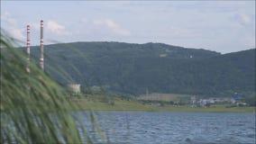Milada jezioro z dużym wiatrem w lecie zbiory wideo