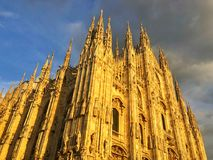 Milan Cathedral is de kathedraalkerk van Milaan in Lombardije, nr Stock Afbeeldingen