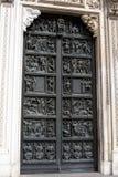 Milan Cathedral-deur royalty-vrije stock foto's