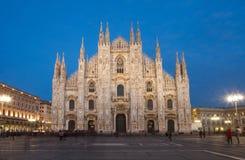 Milan domkyrka vid natt Fotografering för Bildbyråer
