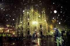 Milan Duomo (domkyrka) med snow Royaltyfria Foton
