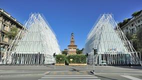Milan Expo 2015 juste - Expogate et le château Photos libres de droits