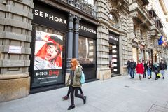 Milan : Fenêtre de boutique Sephora, Italie, l'Europe de mode Photo stock