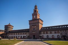 12 12 2017; Milan Italia - Sforza slottsikt i Milan italienare Arkivbilder