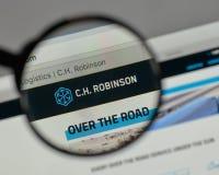 Milan, Italie - 10 août 2017 : C H Logo de Robinson Worldwide dessus photo stock